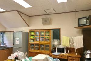 清流館キッチン棚