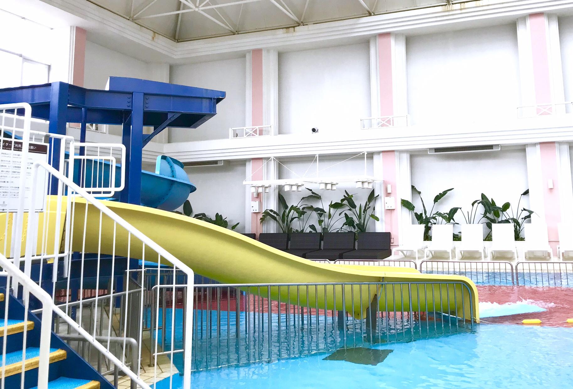 ルネッサンスリゾートオキナワ室内プール2